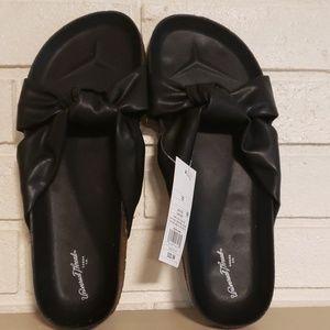 Womens Universal Thread Junie Sandals Size 10